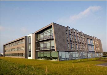 现代化办公大楼需要自然采光――丹麦会馆