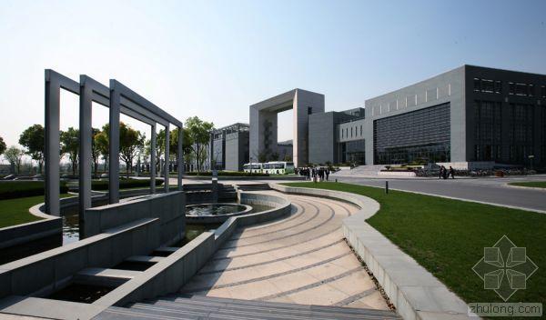 大学校园规划的整体设计