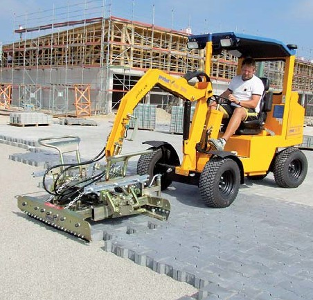 人行道(广场)路面砖自动铺设机