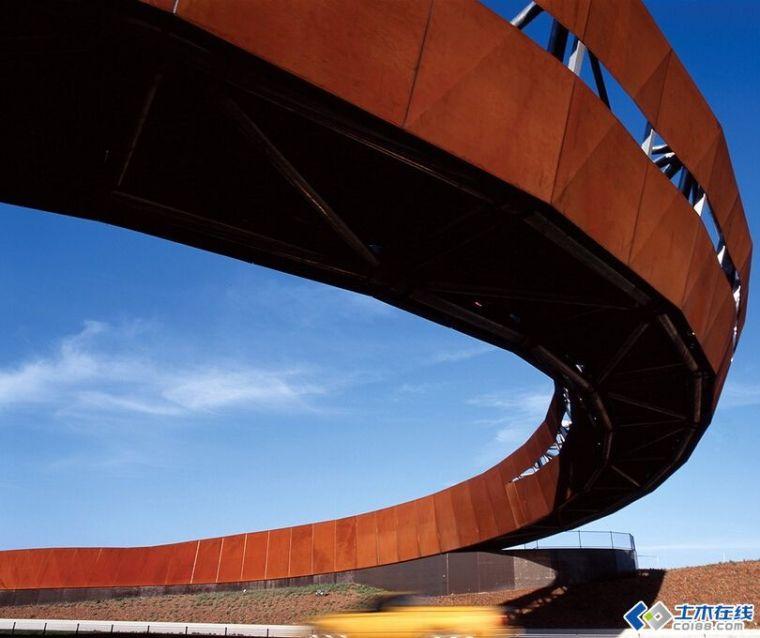 澳大利亚南墨尔本克莱基伯恩高速公路匝道景观设计项目