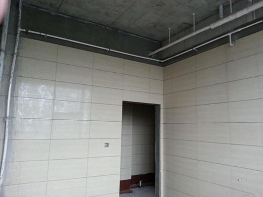 关于卫生间给水管道的布置