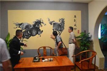 中国建筑装饰装修材料协会硅藻泥材料分会对蓝天豚本部进行参观
