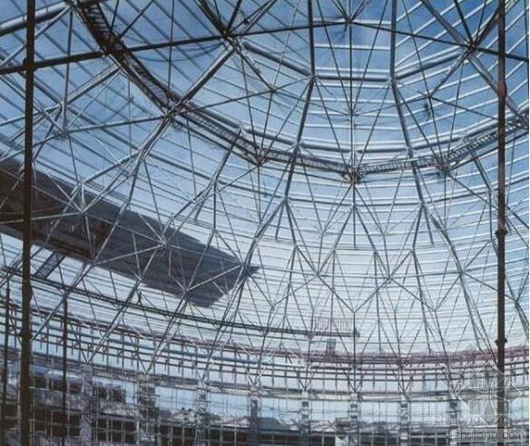 对大型网架结构设计的分析