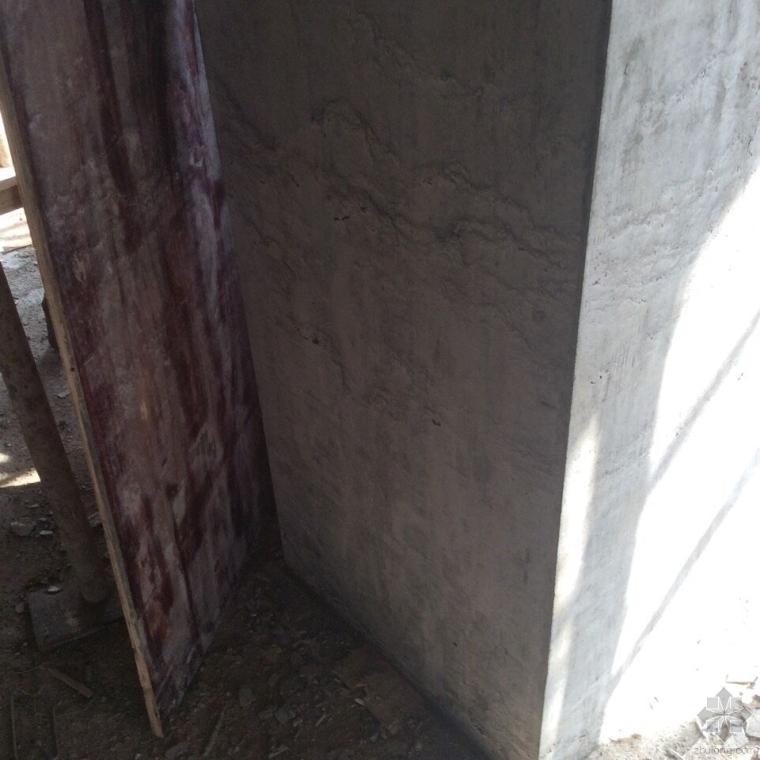混凝土墙柱浇捣质量评析