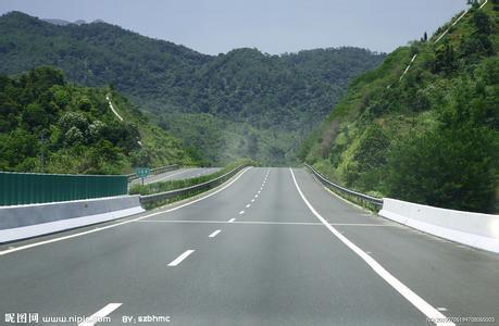 公路路基路面排水设计