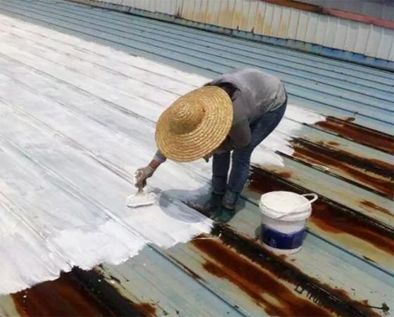 青龙防水材料性能卓越,大量使用在地板厂房铁皮屋防水补漏工程中_2
