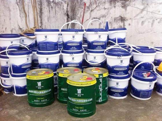青龙防水材料性能卓越,大量使用在地板厂房铁皮屋防水补漏工程中_4