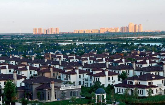 p45 京津地区越来越多的人选择到宝坻的京津新城置业。