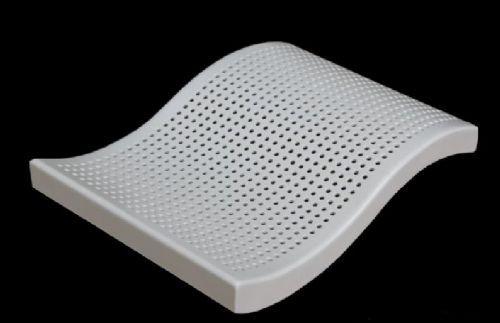 沖孔鋁單板微孔鋁單板具有良好特性