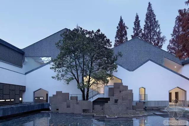 国内小建筑资料下载-一座惊艳的建筑是对一个小县城最好的宣传