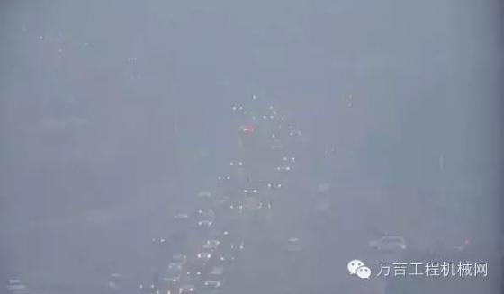 今天的北京,能出来施工的都是亡命之徒-1 (7).png