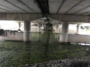 """国内桥梁加固新技术-水下玻纤套筒""""夹克法"""""""