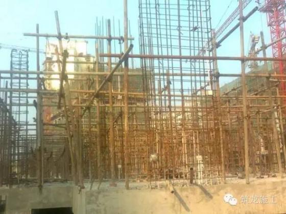 想知道一栋房子是怎样从基础到封顶做起来的吗?很实用。_17