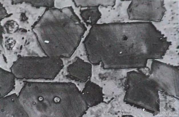 混凝土方格骨架护坡图资料下载-为什么冬季施工要求混凝土入模温度不得低于5℃?