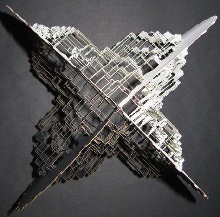 荷兰艺术家IngridSiliakus震撼的纸塑作品