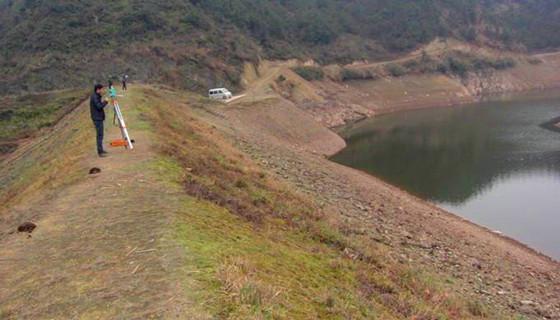 测量技术 : 探析水利工程的大坝施工中的测量