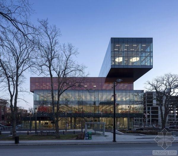 加拿大新中央图书馆