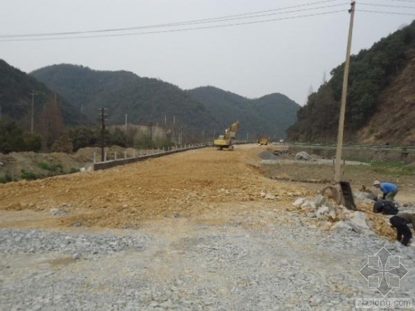 碎石注浆桩在高速公路软基中的应用
