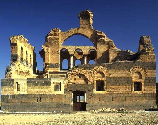 IBN室内景观资料下载-沃尔丹的教堂(Qasr Ibn wardan)