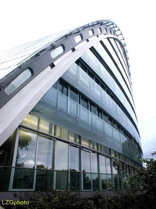 ICADE总理府新办资料下载-德国的Special Construre