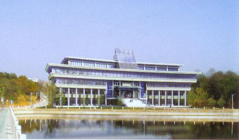 河南信阳师范学院图书馆