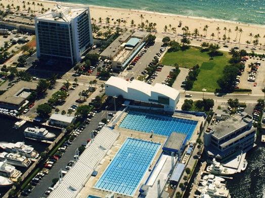 国际游泳名人堂博物馆,展览馆和水生培训中心
