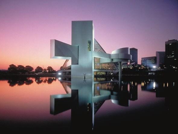 摇滚名人堂和博物馆(Rock and Roll Hall of Fame and Museum)