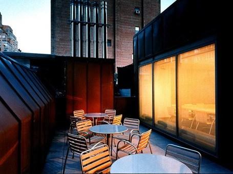 装饰艺术教学楼和图书馆巴德研究生研究中心