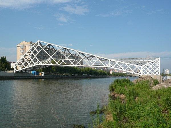 U型桥台扩大基础桥图片资料下载-上海青浦步行桥