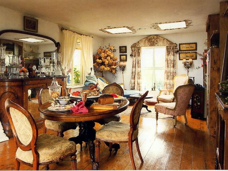 居室装饰--暖融融的起居室和餐厅