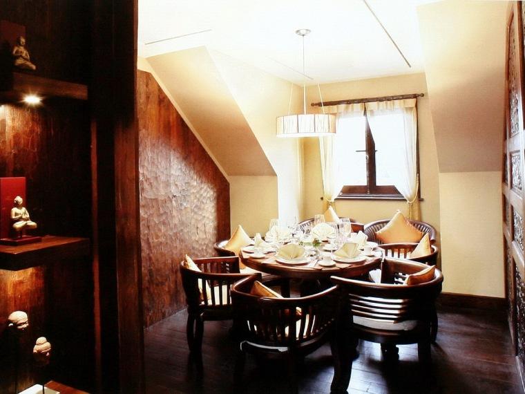 餐厅装饰--美人非迟暮-俏江南第2张图片