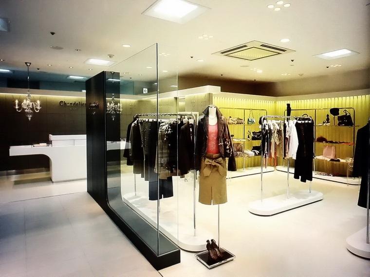 专卖店--尚德丽时尚女装