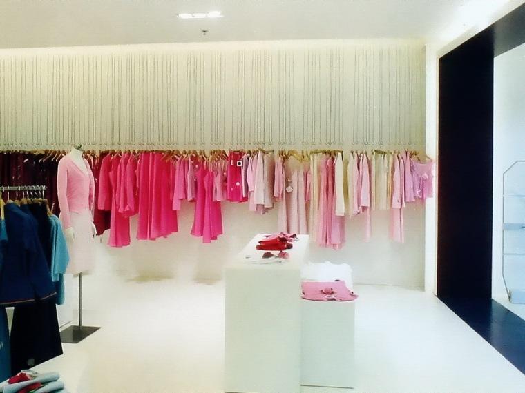 专卖店--花样年华时尚女装