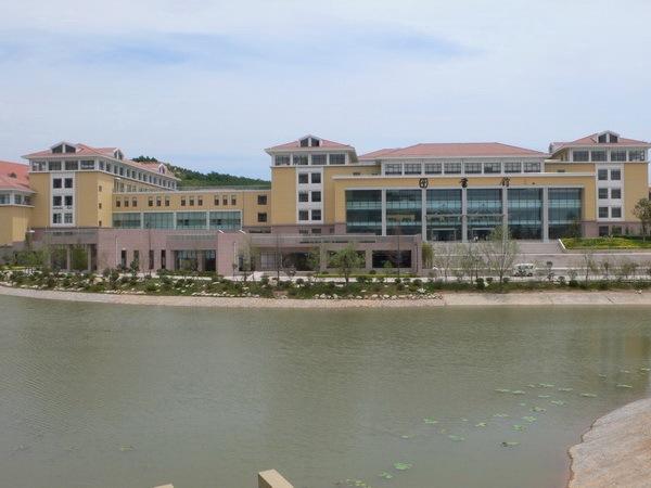 中国海洋大学崂山校区图书馆工程