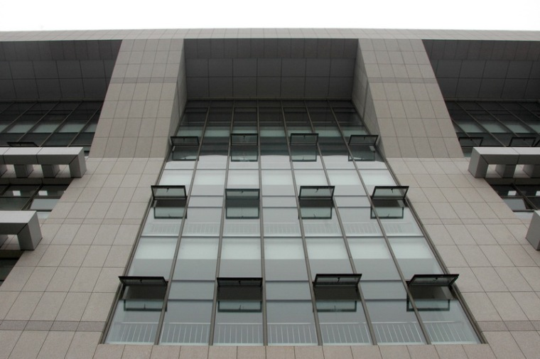 大连水产学院主教学楼第6张图片