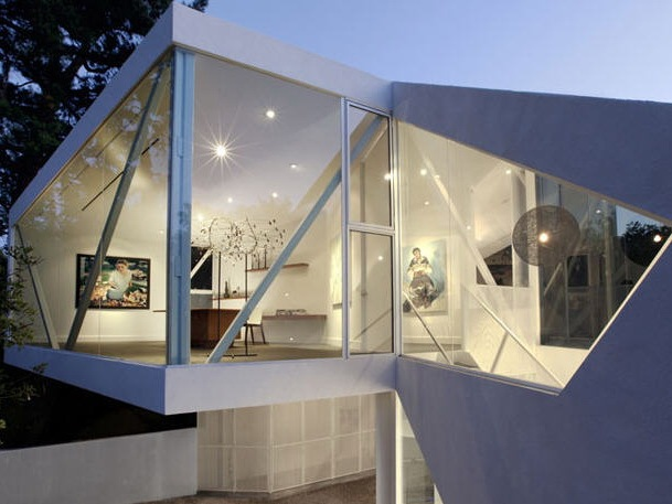 蓝宝石画廊