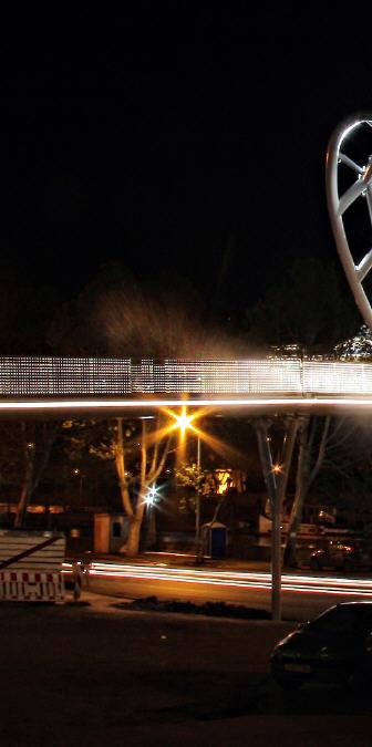 水上精灵--和平大桥夜景_4