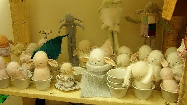 捧在手中暖暖的—手工编织兔子第3张图片