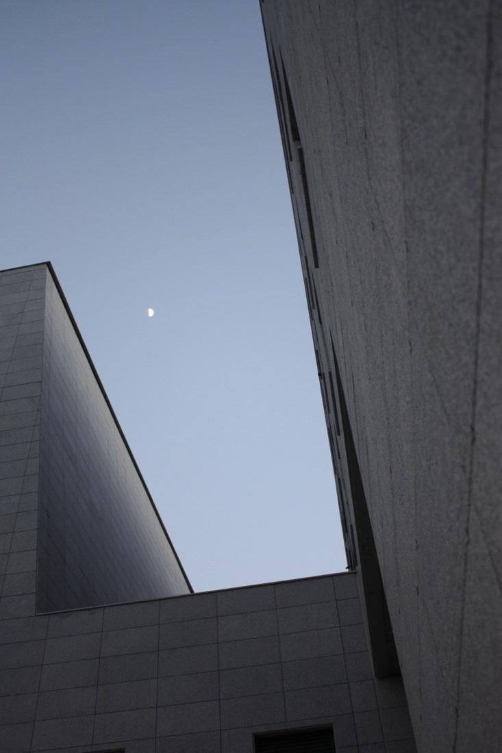 巴列卡综合楼_9