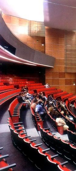 银色雨滴音乐厅第9张图片