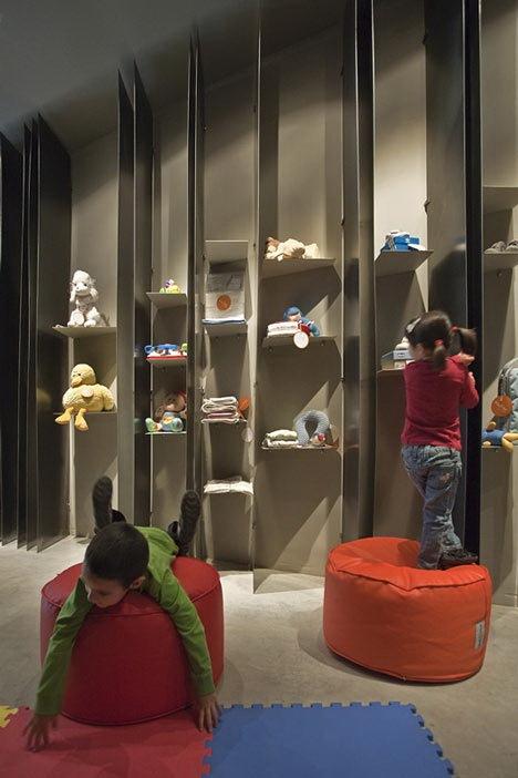 新奇的二手玩具店第10张图片