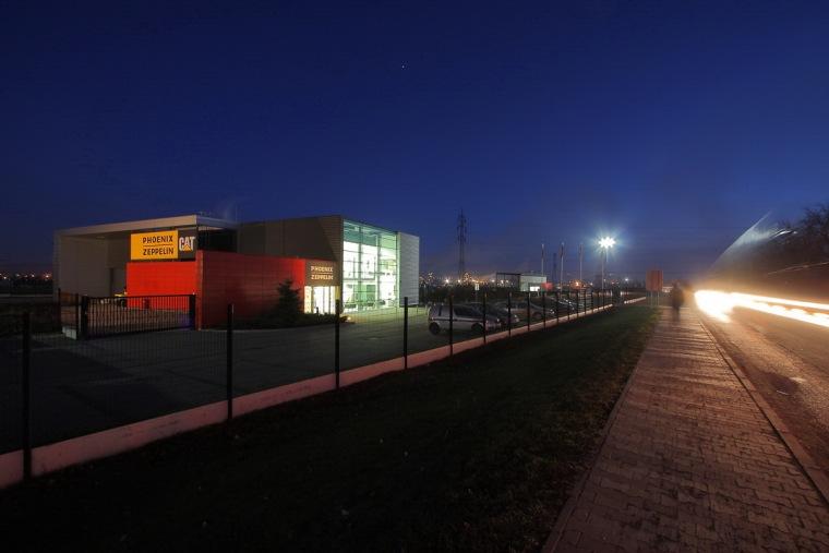 管理和服务大楼第9张图片