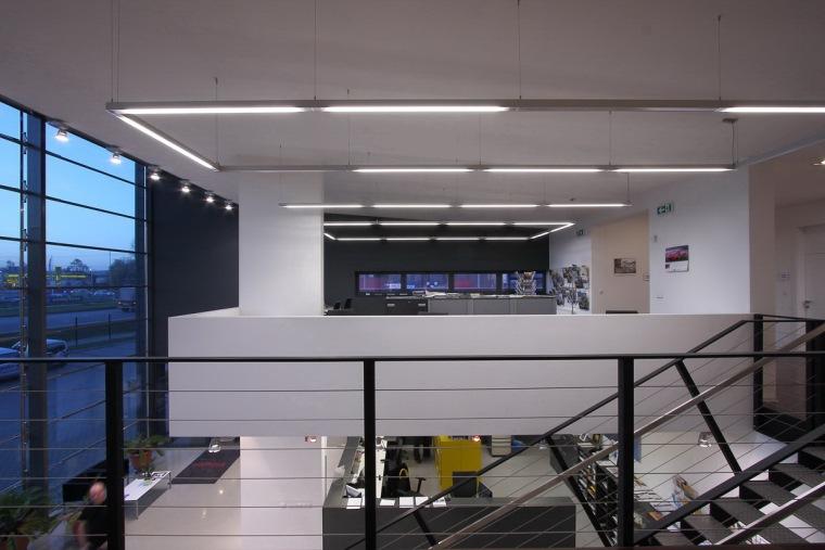 管理和服务大楼第19张图片