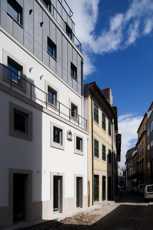 路西塔尼亚阁楼第3张图片