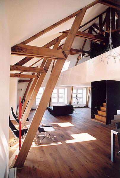 纪念性学校建筑改建阁楼第5张图片