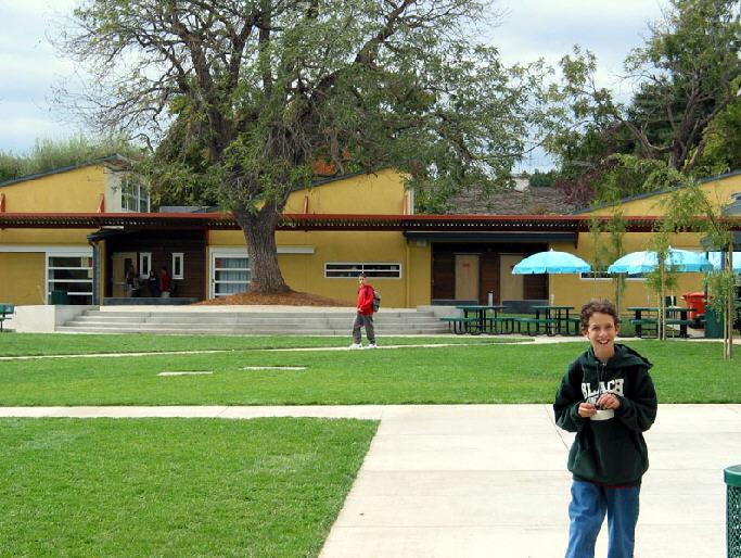 洛斯拉图斯学校第6张图片