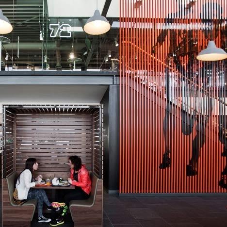 荷兰希尔弗瑟姆耐克公司食堂