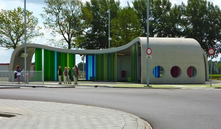 Park+Ride公车站第4张图片