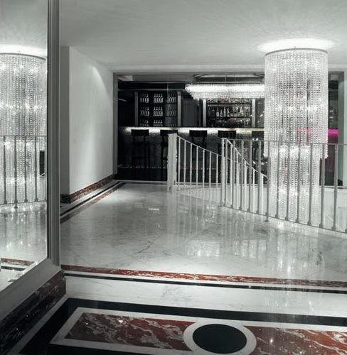 黑白色浪漫的酒店第2张图片