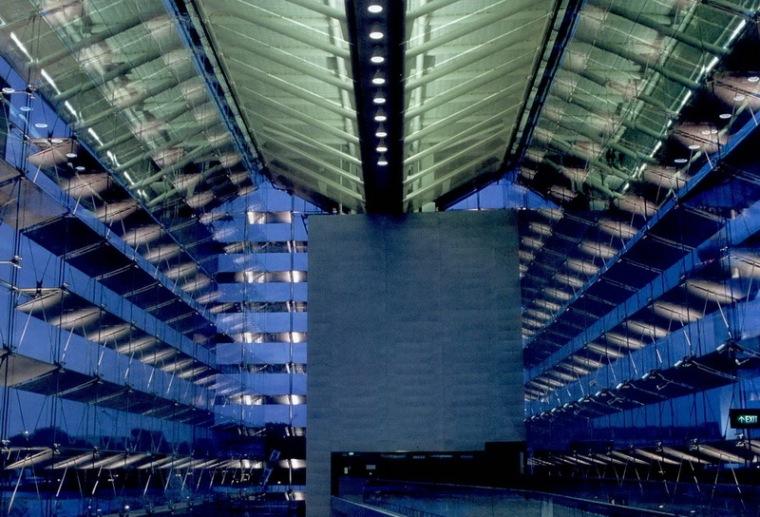 樟宜机场地铁站照明设计第2张图片